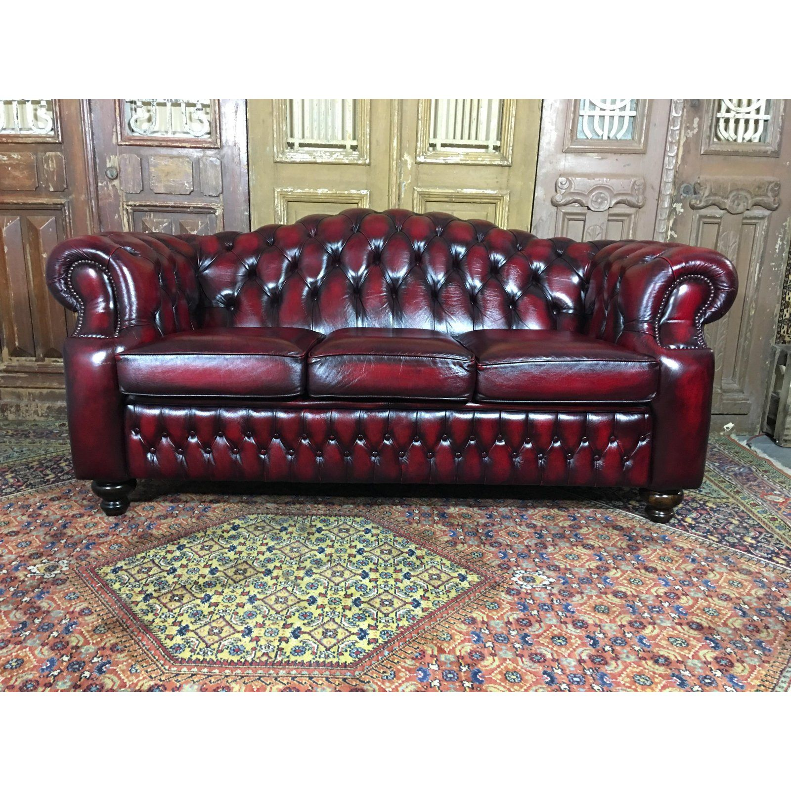 Vintage 20th Century English Traditional Oxblood Leather Chesterfield 3 Seat Sofa Chairis In 2020 Leather Chesterfield Vintage Sofa Vintage Leather Chesterfield Sofa