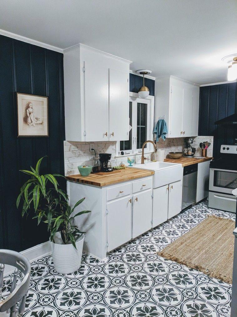 Download Wallpaper White Kitchen Navy Walls