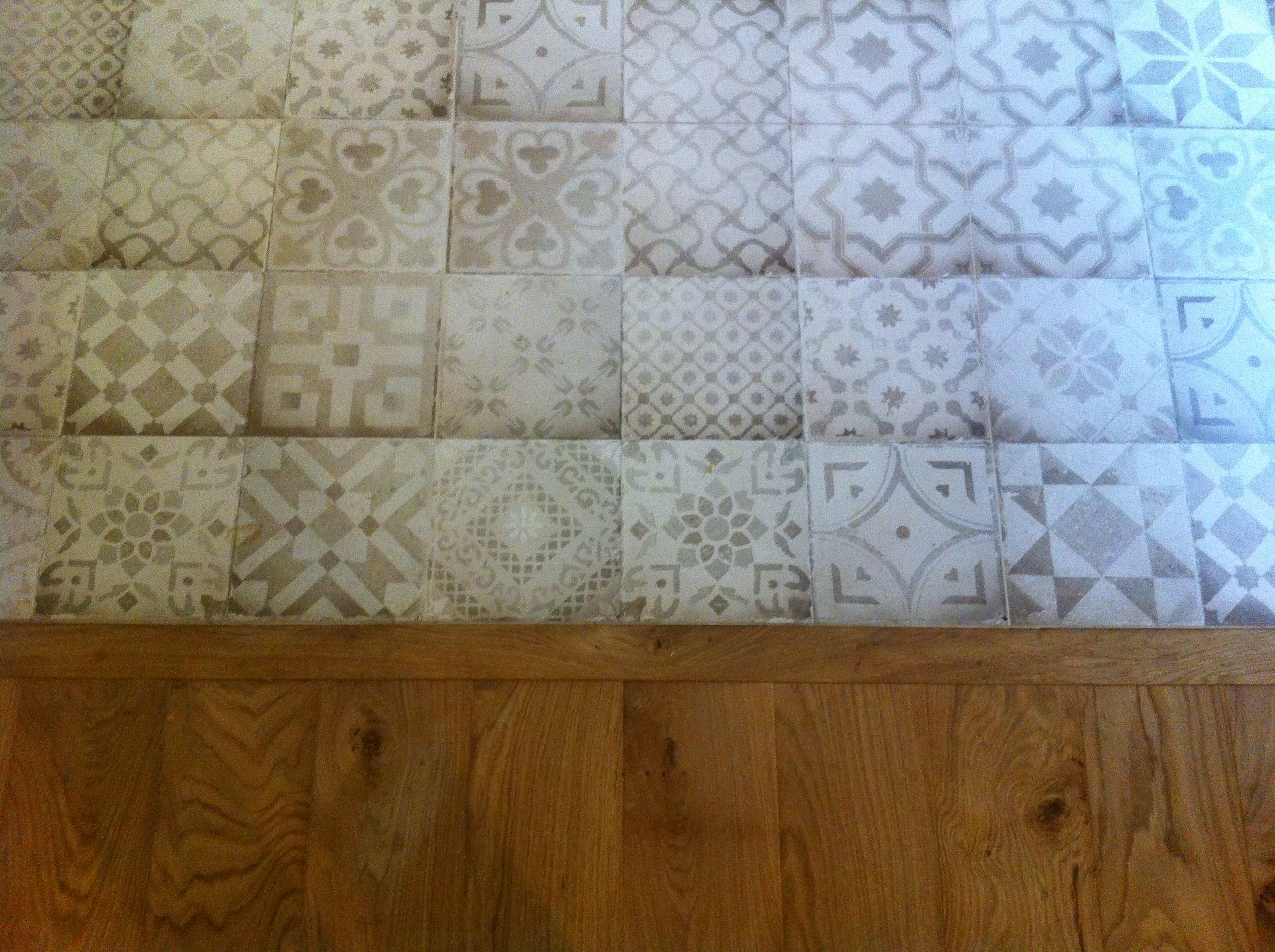 mariage carrelage imitation carreau ciment en gr s ceram. Black Bedroom Furniture Sets. Home Design Ideas