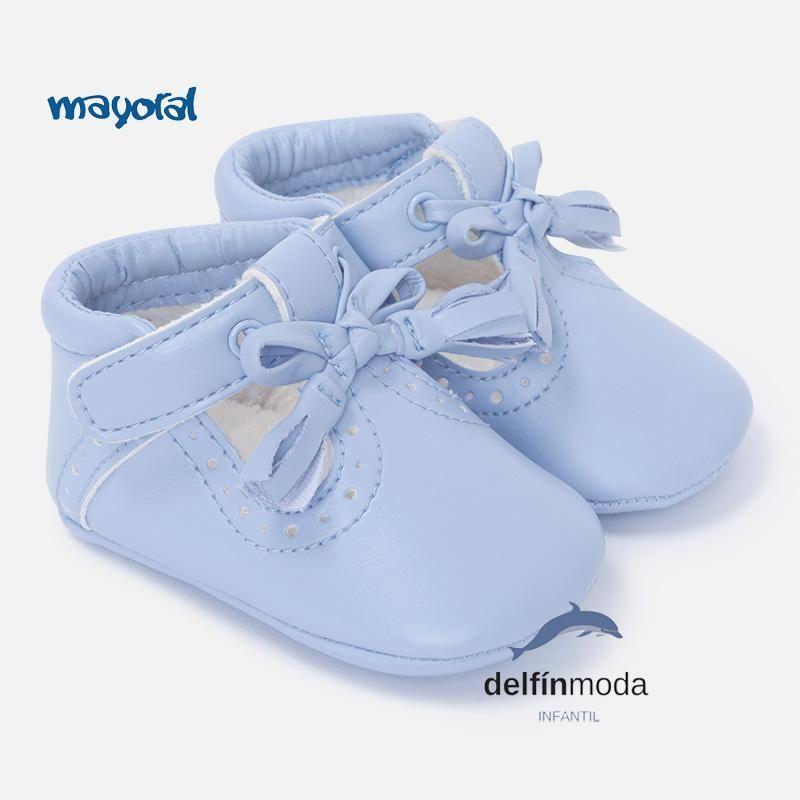 a7c51aea181 Zapatos de bebe niño MAYORAL newborn celestes