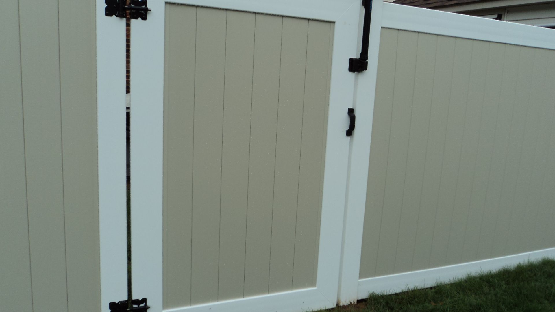 BOCA Pool Code Magna Latch on this privacy gate with self-closing ...