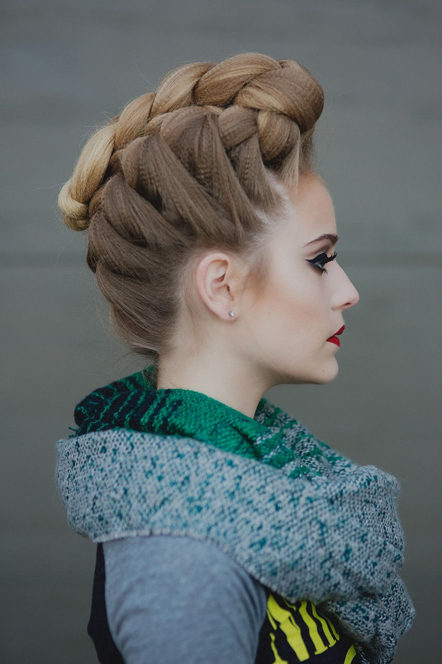 French Braided Pompadour Hairstyle Tutorial Tresses Projet Pour S