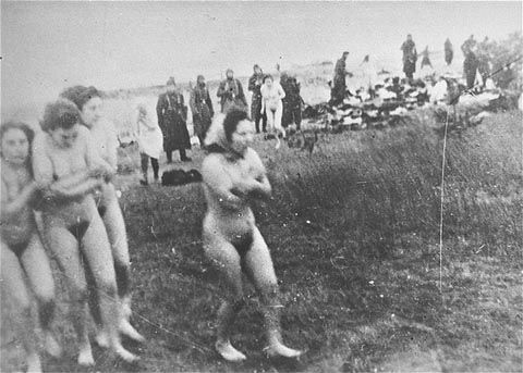 El salvadorian naked women