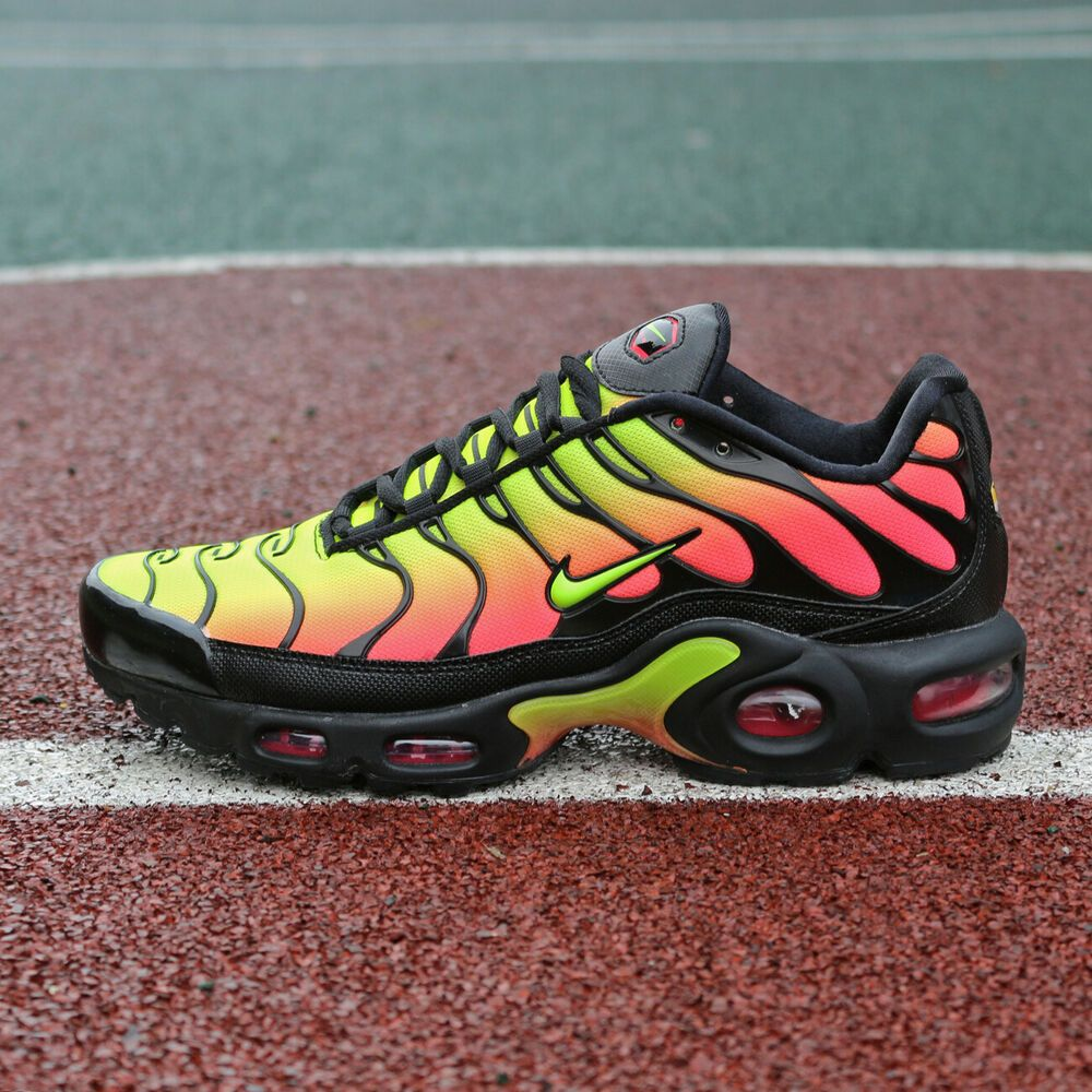 63a3171517fac Nike Air Max Plus TN SE AQ9979-001 Volt Solar Red Orange Flame Women ...