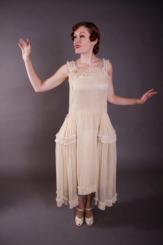 Vintage 1920s Wedding Dress - Ecru Silk Chiffon Robe de Style ...