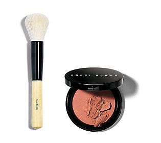 Illuminate your favorite features with a little help from Bobbi Brown Illuminating Bronzer.  How do I use it: Lightly stroke brush across bronzer and lightly tap to remove excess. Use a sweeping motion to blend over skin.  From Bobbi Brown.  Includes: