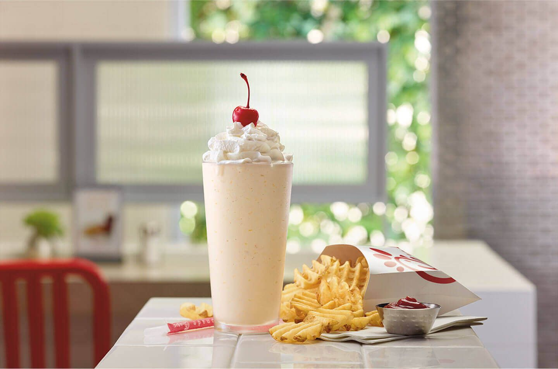 Hot Chickfila Nuggets Ready To Serve Peach Milkshake Milkshake Yummy Milkshake Recipes