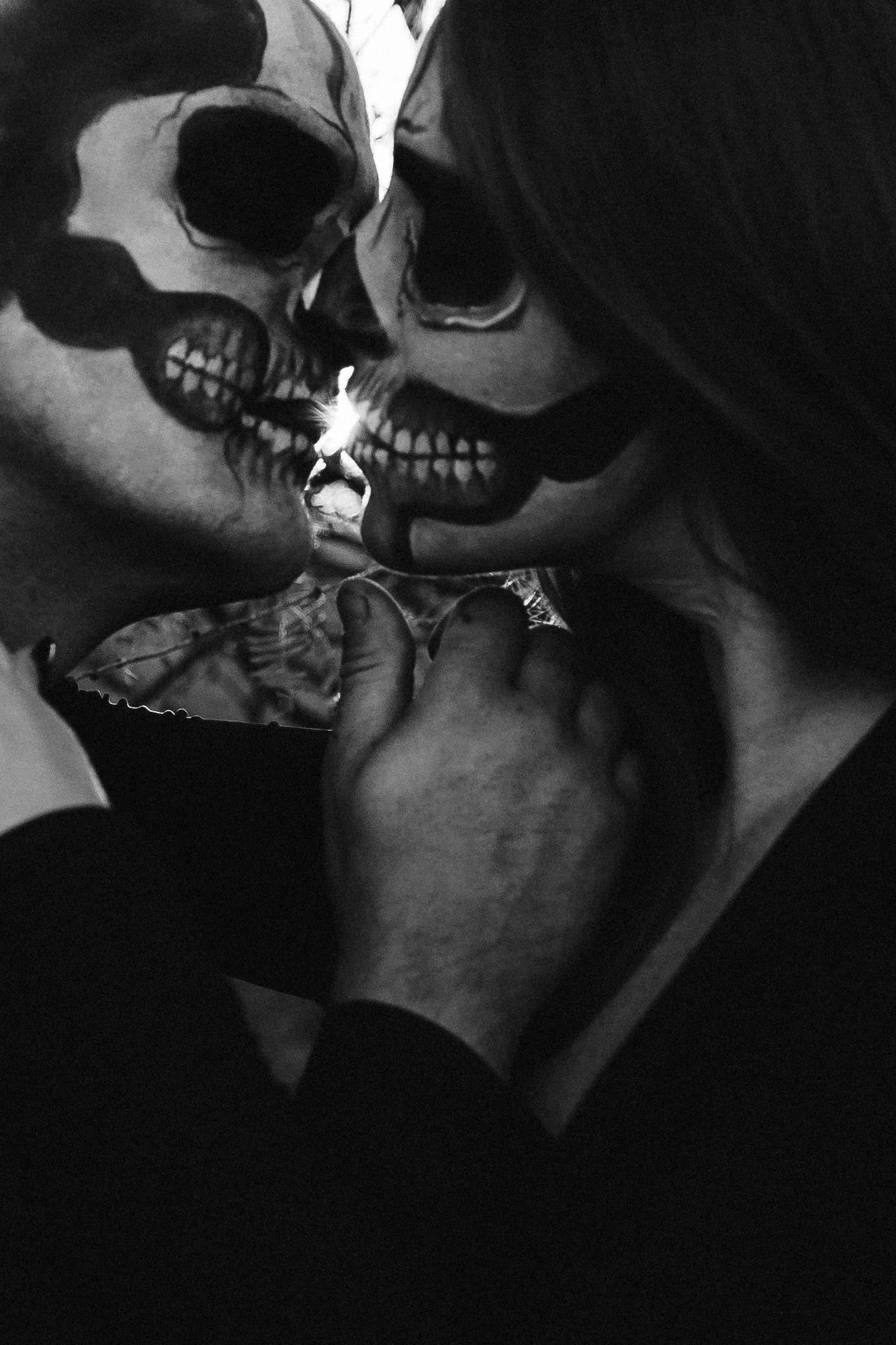 Till Death 💀🖤 Halloween photoshoot IG @tnishadawsonphotography #arizonaphotographer #azphotog #arizonalgbtqphotographer #arizonalove #allblackeverything #bandw #blackandwhitephotography #blackweddingdress #bride #darkandmoody #desertdreaming #elope #elopementphotographer #fall #halloween #halloweenphotoshoot #halloweencouple #photographyismagic #photographthesoul #portraits #rawemotions #radcreative #shotwithlove #skullmakeup #spookyseason #spookycouple #skeletoncouple