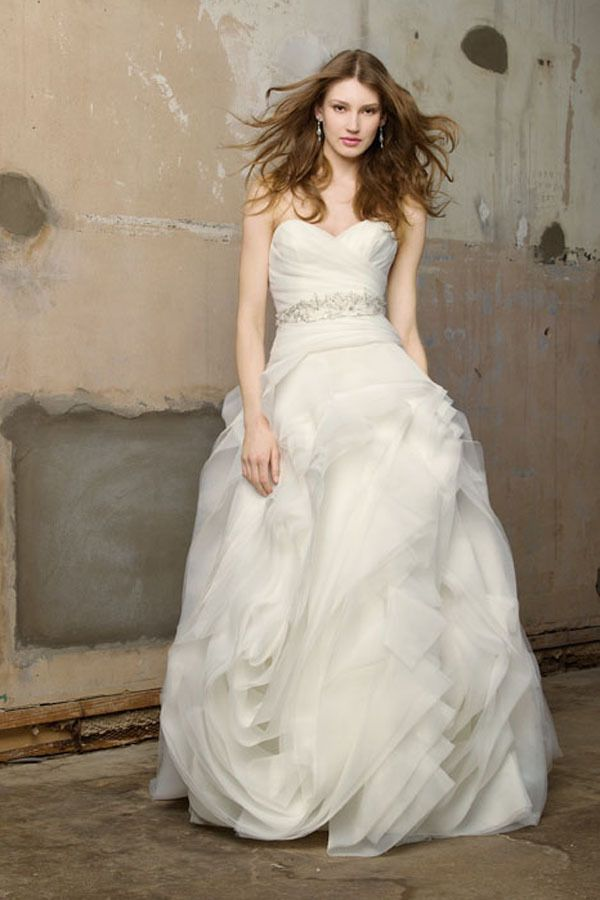 Destination Las Vegas Wedding At The Springs Preserve From Chelsea Nicole In 2019 Ruched Wedding Dress Wedding Dresses Wedding Dress Styles