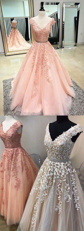 Plus Size Prom Dresses, Maßgeschneiderte V-Ausschnitt Spitze Tüll langes Abendkleid, Abendkleid   – Dresses