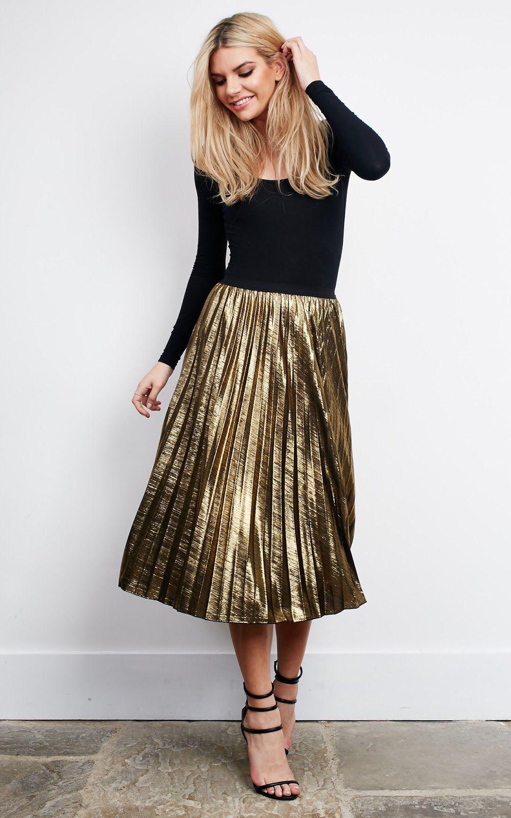 14d4b8513 Bauchle Fashion: Sparks Fly-Oscar Worthy Traje Com Saia Dourada, Saia  Plissada,