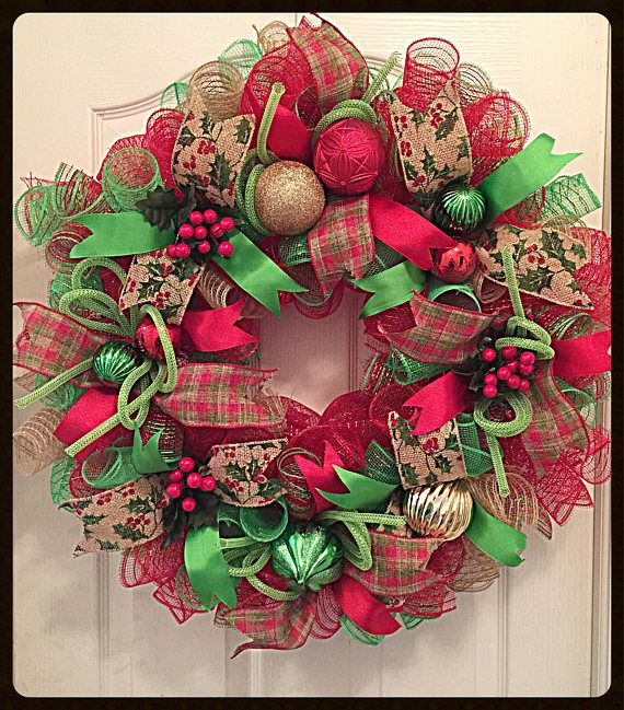 Country Christmas Burlap Deco Mesh Wreath/Christmas Wreath/Christmas Burlap Wreath/Lime, Burlap and Red Christmas Wreath #decomeshwreaths