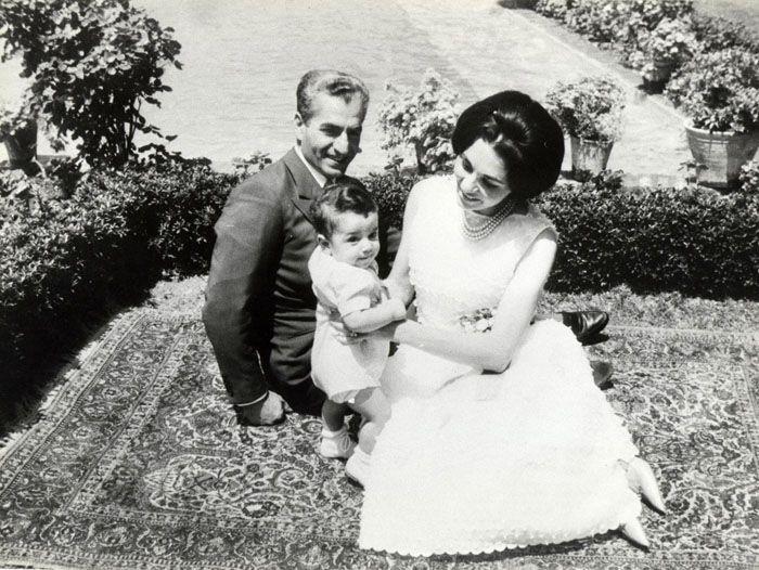 Shah, Queen Farah holding daughter Farahnaz, Sa`dabad, 1963.........http://www.pinterest.com/madamepiggymick/arab-royalty-iran/