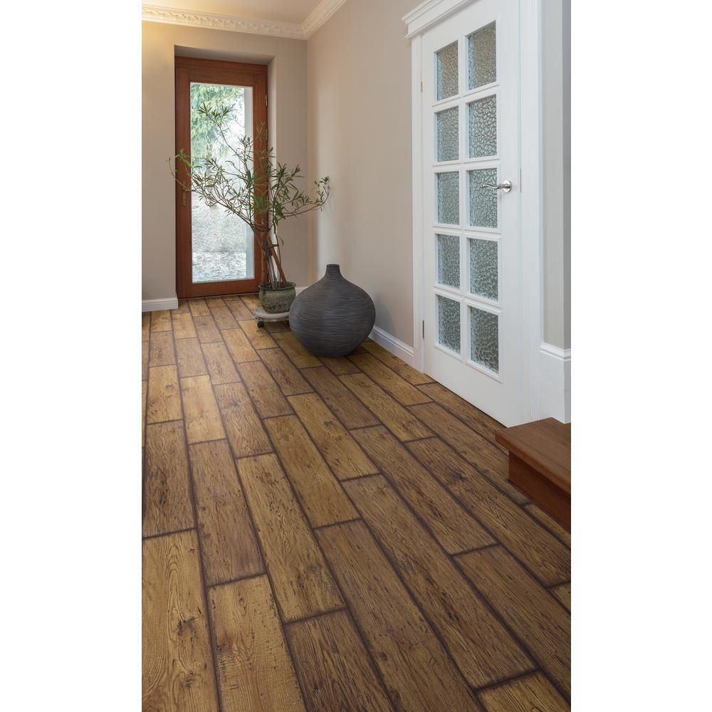Lifeproof Rustic Brown Oak 12 Mm Thick X 8 03 In Wide X 47 64 In Length Laminate Flooring 15 94 Sq Ft C In 2020 Oak Laminate Flooring Laminate Flooring Flooring