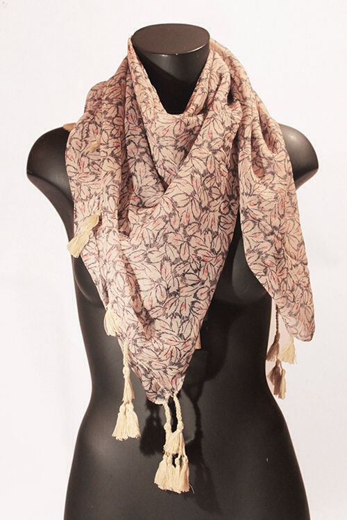 Foulard quadrato beige con piume nere. #portobelloathome  http://portobelloathome.com/?product=foulard-piume