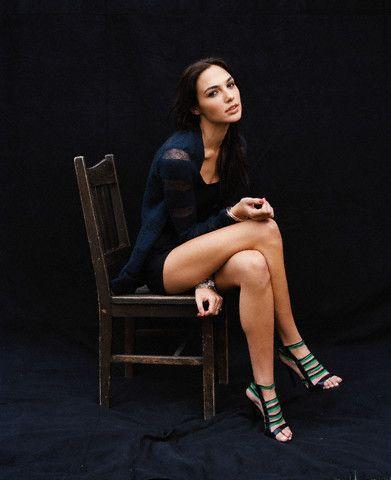 Gal gadot gal gadot pinterest gal gadot celebrity feet and gal gadot voltagebd Choice Image
