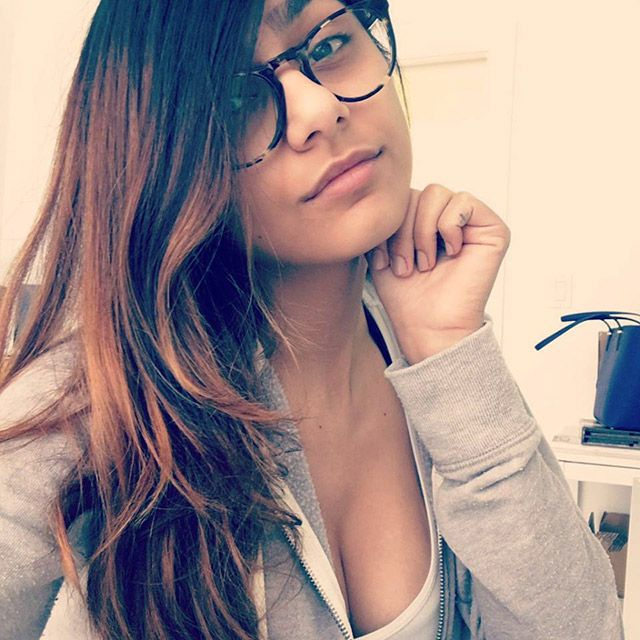Mia Khalifa Cute