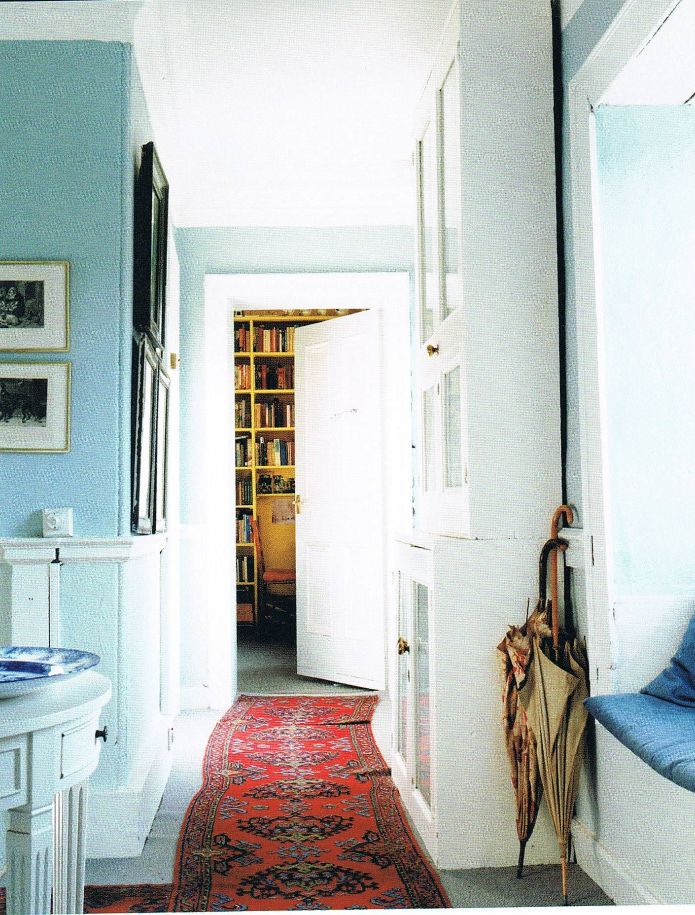 Picture from Romantic Irish Homes, by Robert O\'Byrne, and ...