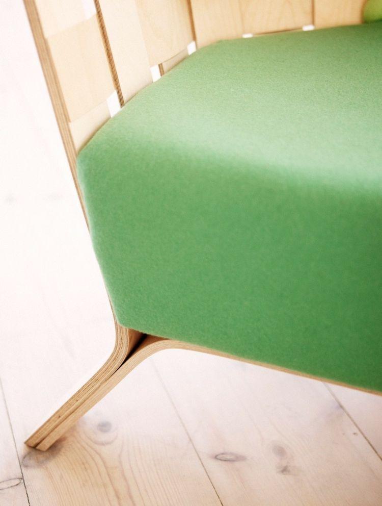 Sofa und Sessel Design mit buntem Kreuzstich von Ellinor ...