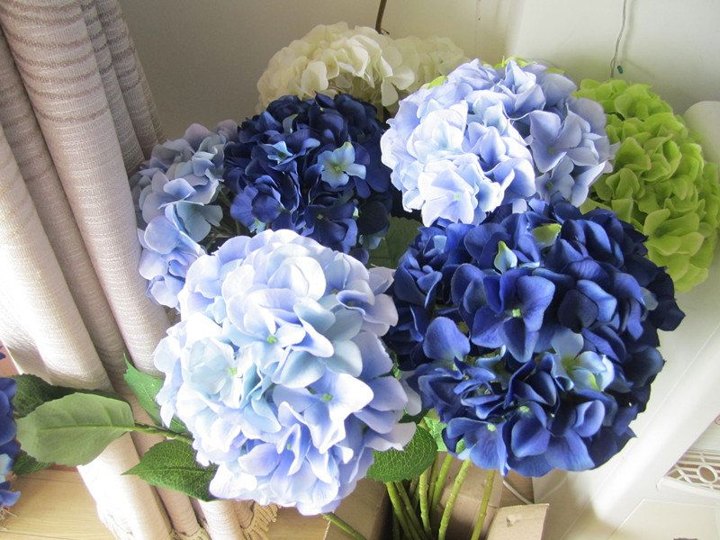 Silk Hydrangea Flower 10 Stem Real Size Artificial Hydrangea Etsy Silk Hydrangeas Wedding Table Centerpieces Blue Wedding Centerpieces