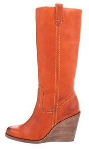 b29ddec149c6 New-in-Box-398-00-FRYE-Caroline-Campus-Spice-Leather-Wedge-Boots-Size-10