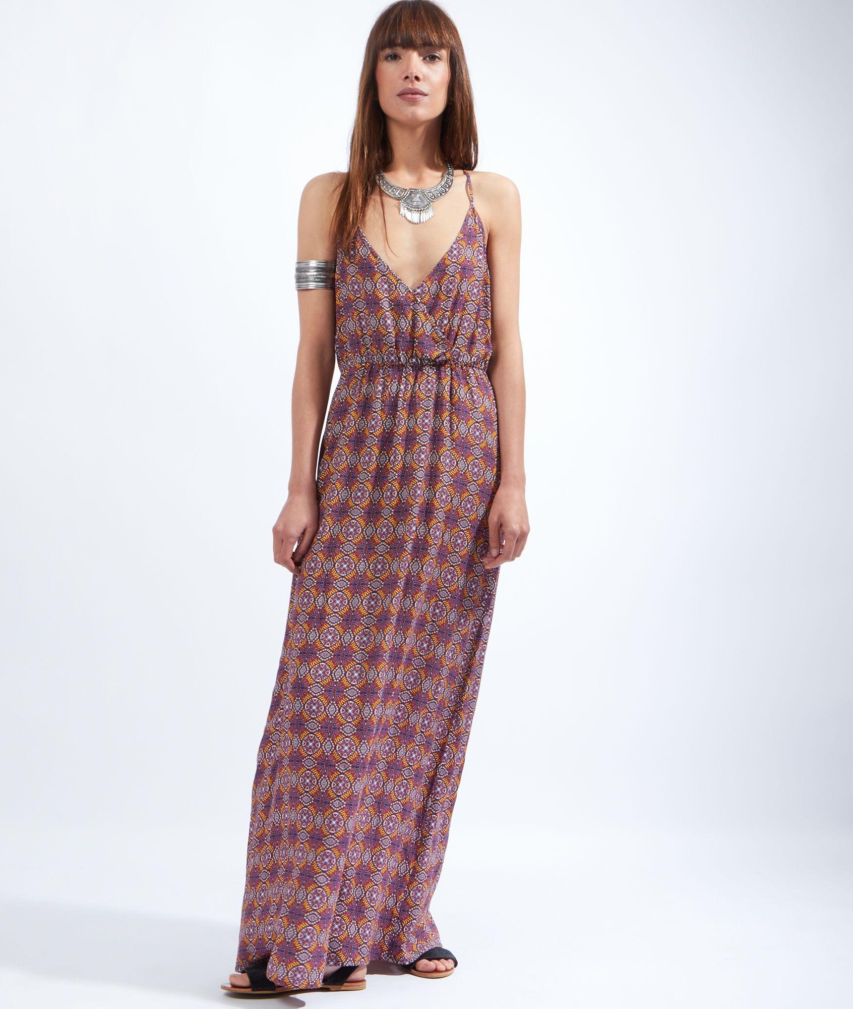 robe longue fluide a bretelle les robes sont populaires partout dans le monde. Black Bedroom Furniture Sets. Home Design Ideas