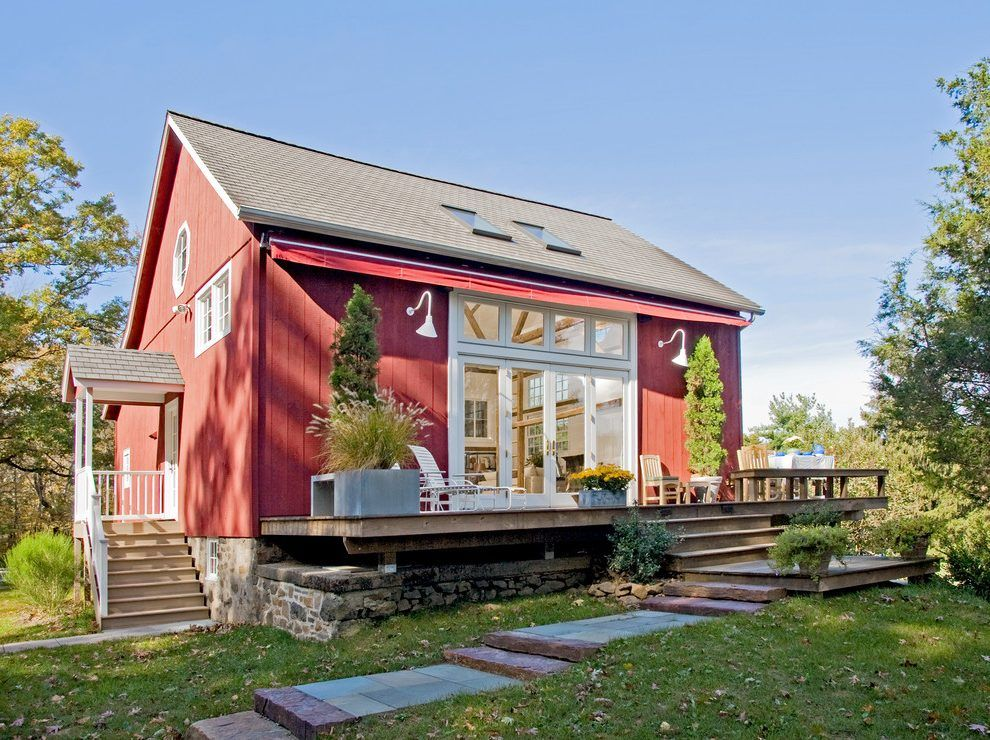 Modern Barn House Design Exterior Farmhouse With Transom Windows Indoor Outdoor Living Large Retractable Awning Farmhouse Exterior Barn House Modern Barn House