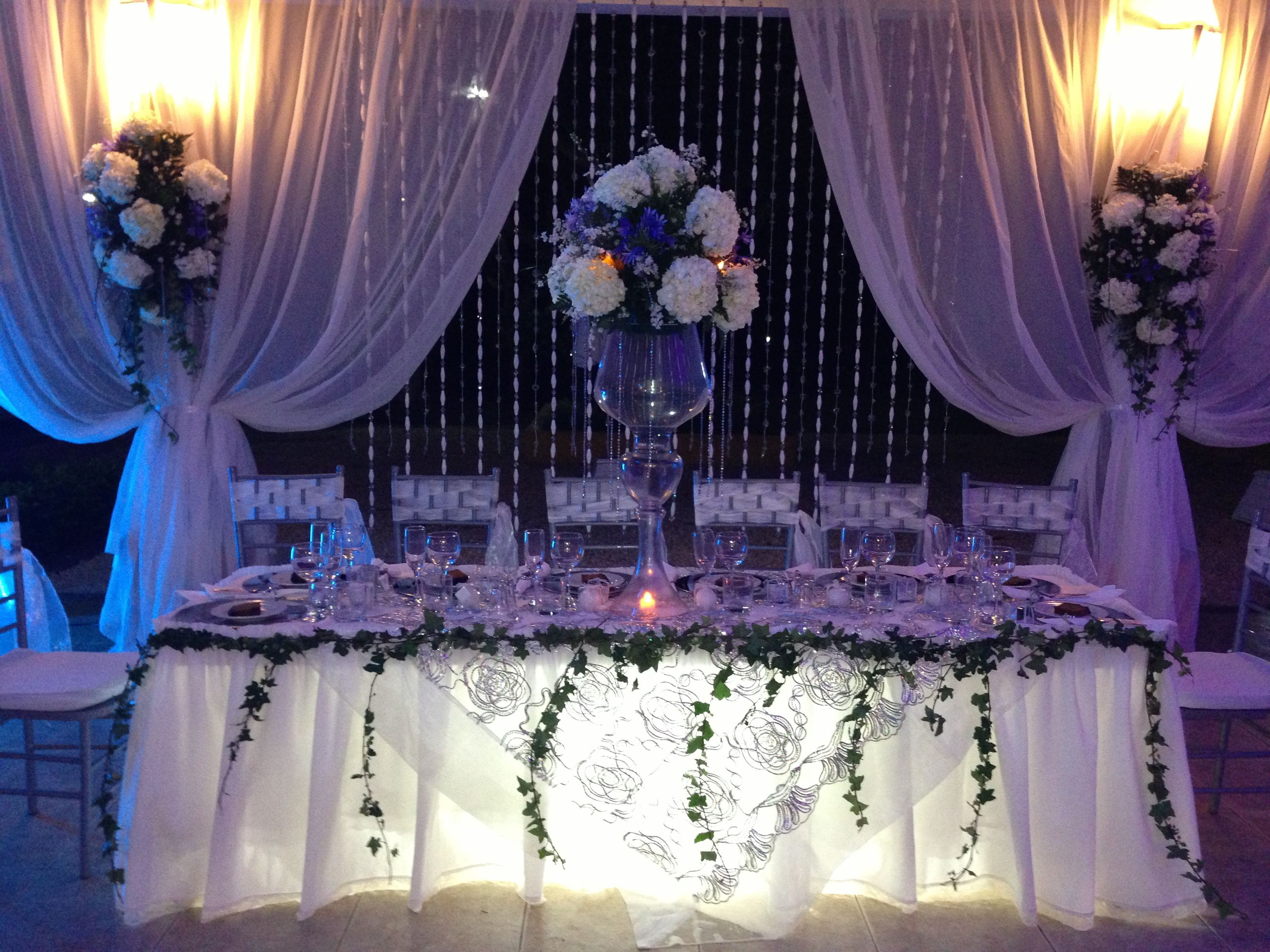 13 Decoracion de mesa principal para boda