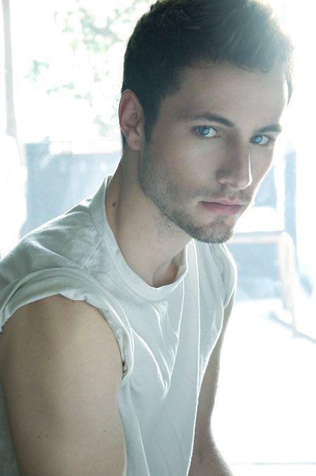 Hunkopedia: Follow Hunk'o'pedia For More Hot Guys