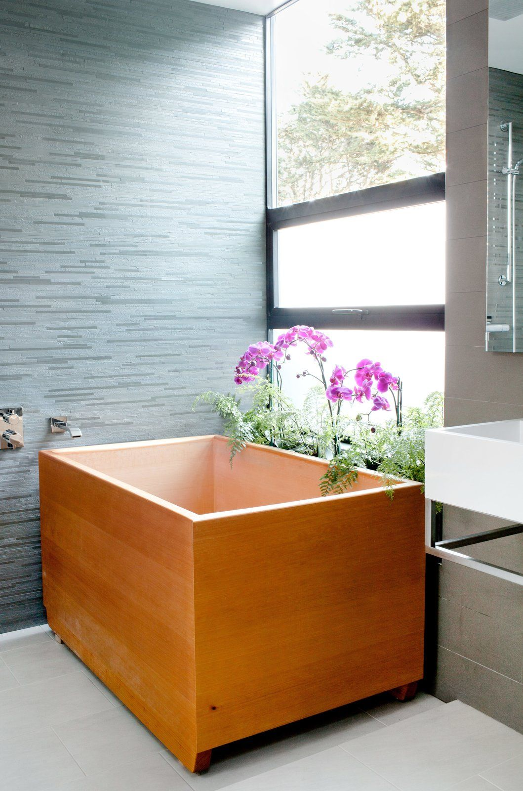 and the delight senses home wooden your quickly hinoki for wood bathtubs soaking decor a tub