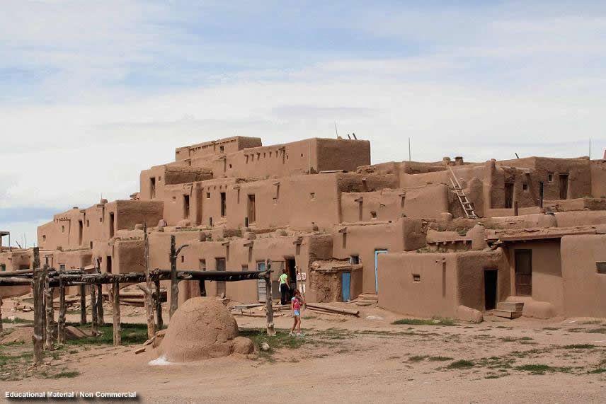 The Pueblo Indians Catal Huyuk Pueblo House Pueblo