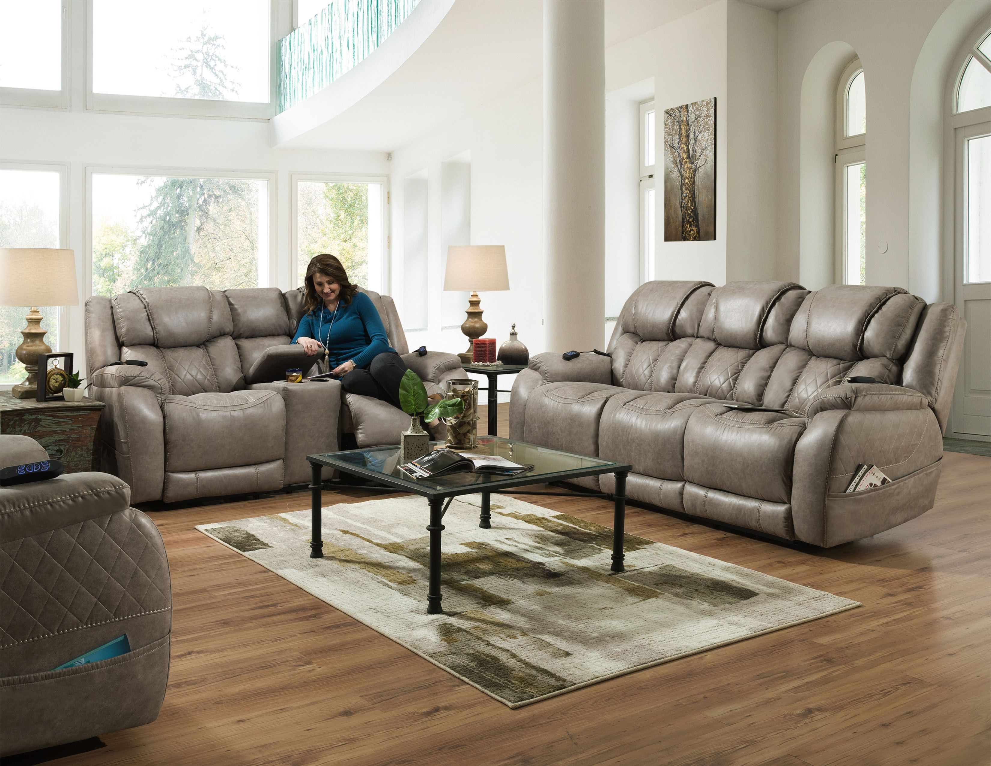 The Daytona Power Activated Reclining Sofa Set From Homestretch Offers Style And Comfort And So Much More Comfort In 2020 Power Reclining Sofa Reclining Sofa Sofa Set