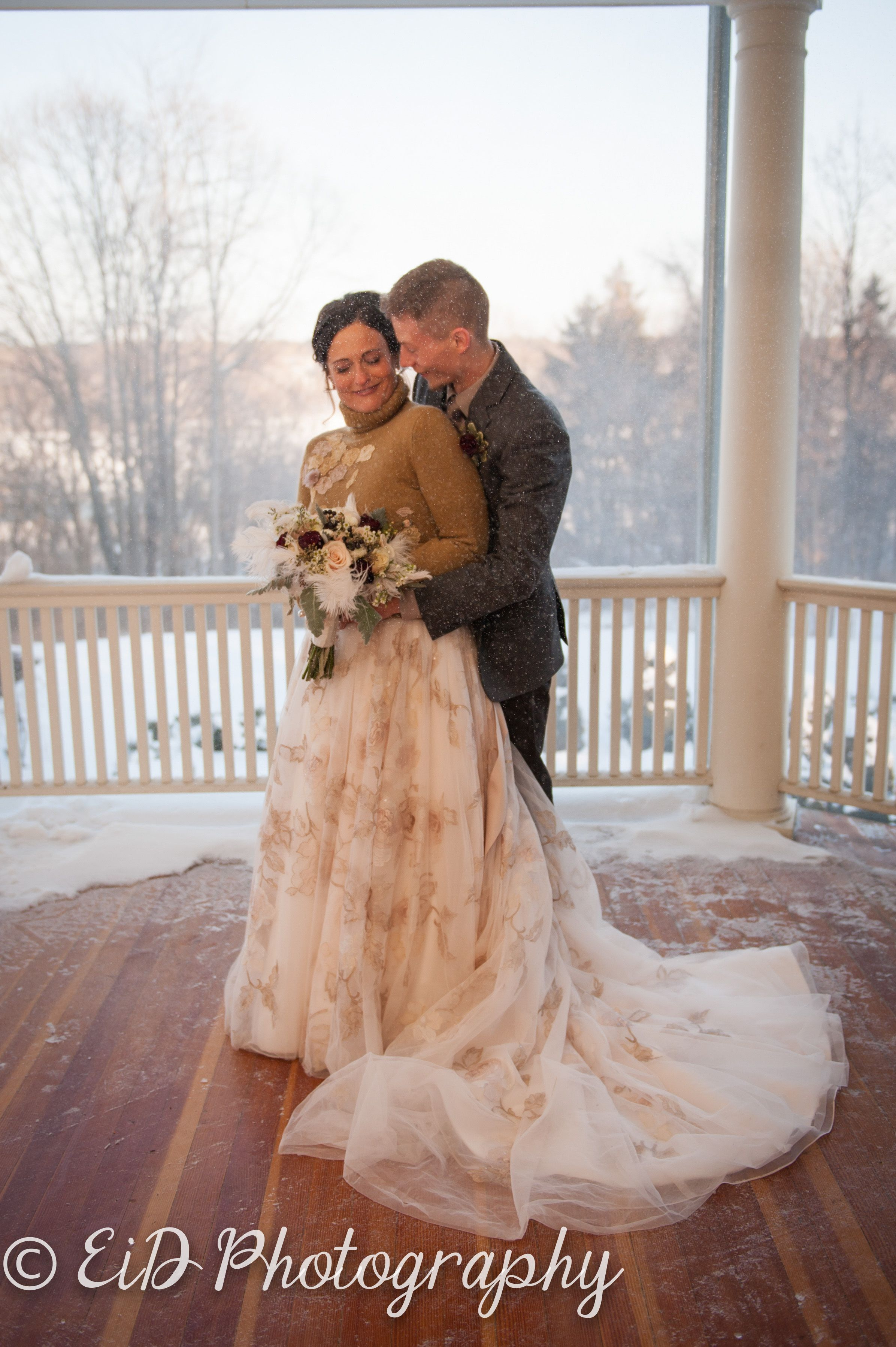 Beautiful snowy evening at Heartsease Mansion Hudson Valley Photography Wedding Photography Hudson Valley photographer Photographed by EID Photography