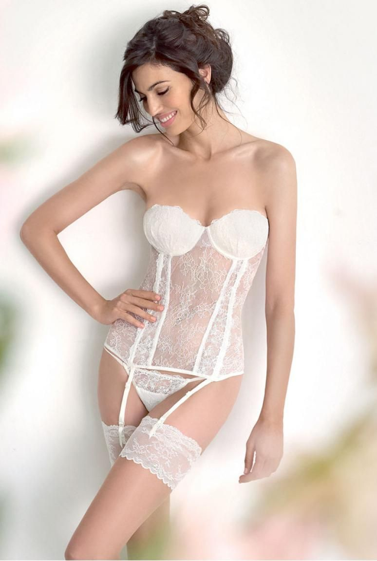 1000 images about lingerie on pinterest sexy white lingerie and bandeaus - Sous Vetement Bustier Mariage