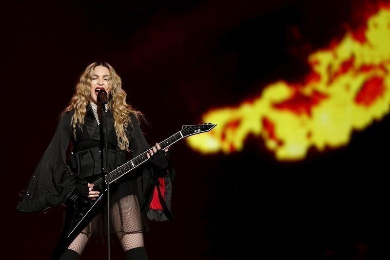Philippine bishop tells Catholics to boycott Madonna concert #Entertainment_ #iNewsPhoto