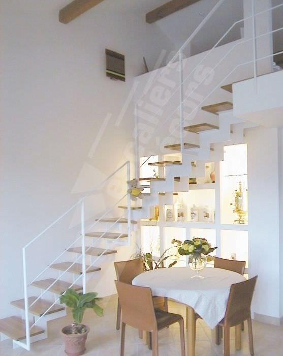 Escalier quart tournant structure en m tal marche en bois limon centr - Escalier bois metal quart tournant ...
