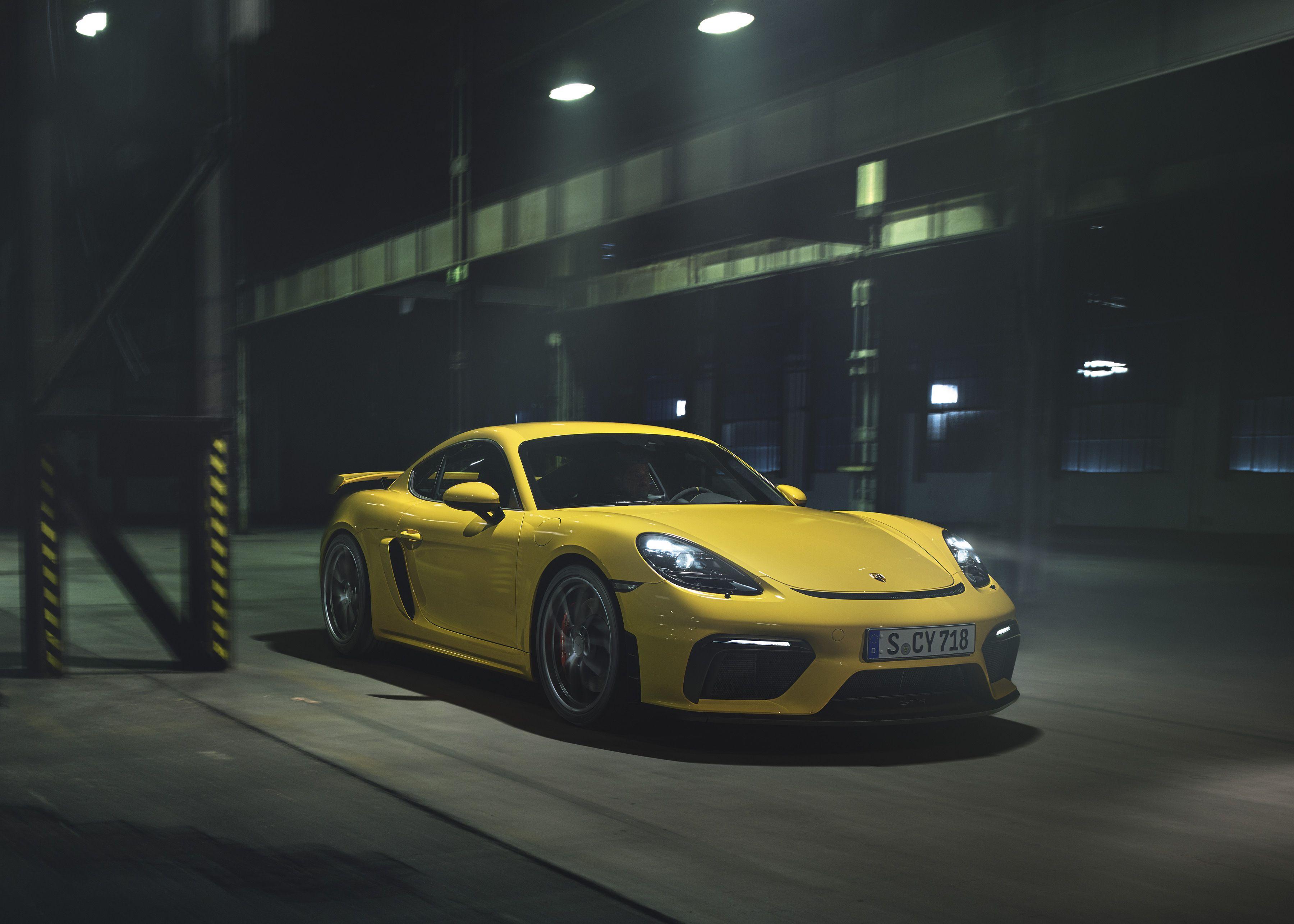 The 2020 Porsche 718 Cayman Gt4 Has A New 414 Horsepower 4 0 Liter Boxer Six Top Speed Porsche 718 Cayman Gt4 Porsche 718 Cayman 718 Cayman