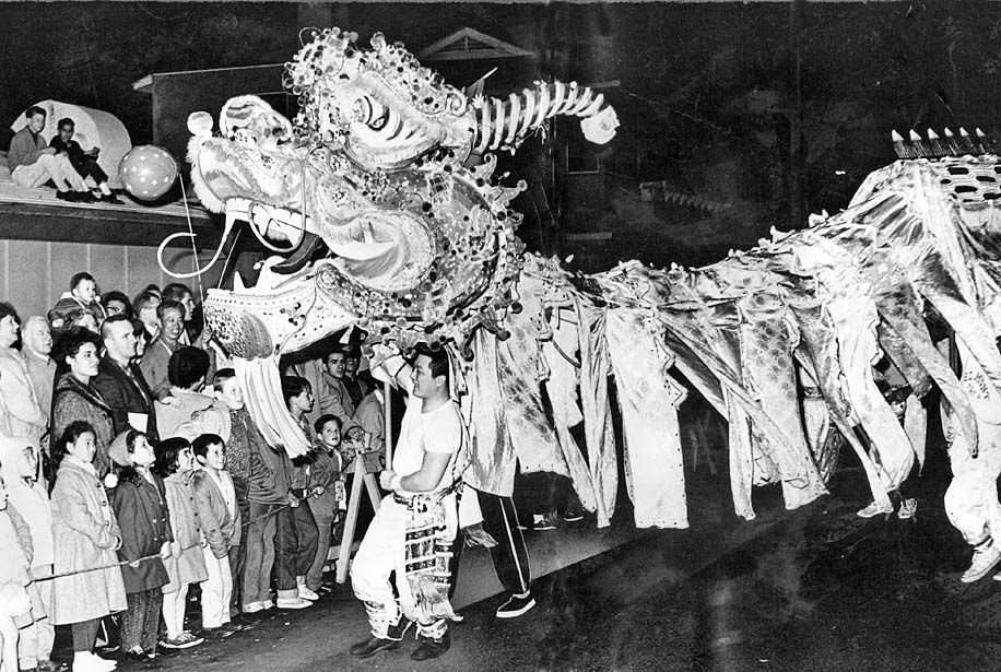 Vintage Photos of Chinese New Year Celebrations in Los