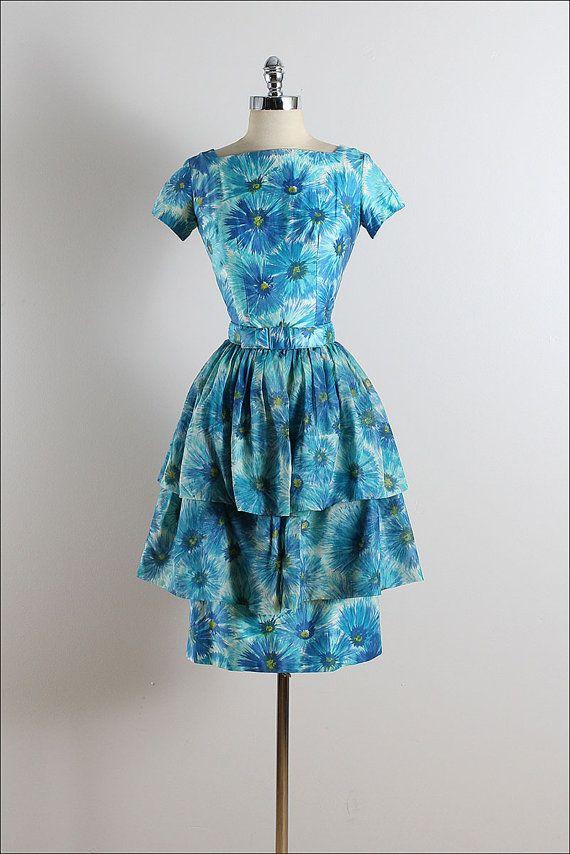14066ed5f8b Vintage 50s dress
