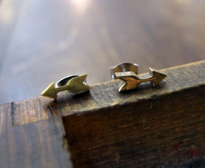 Tiny Vintage Brass Arrow Earring Studs. $12.00, via Etsy - just purchased!