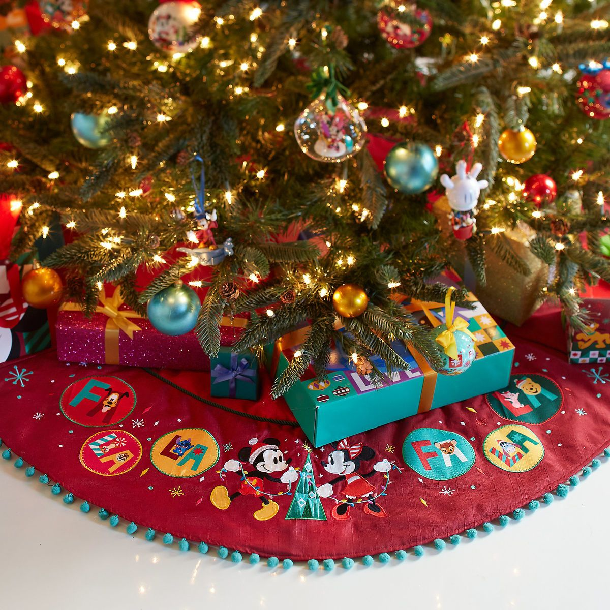 Mickey And Minnie Mouse Holiday Tree Skirt Personalizable Shopdisney Disneytreeskirt D Disney Christmas Tree Diy Christmas Tree Skirt Holiday Tree Skirts