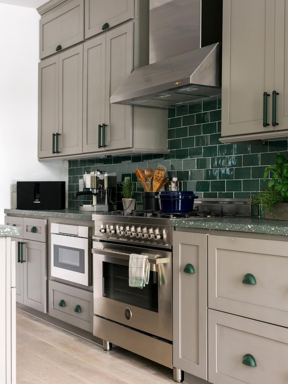HGTV Dream Home 2017 Kitchen Pictures >> http//www.hgtv