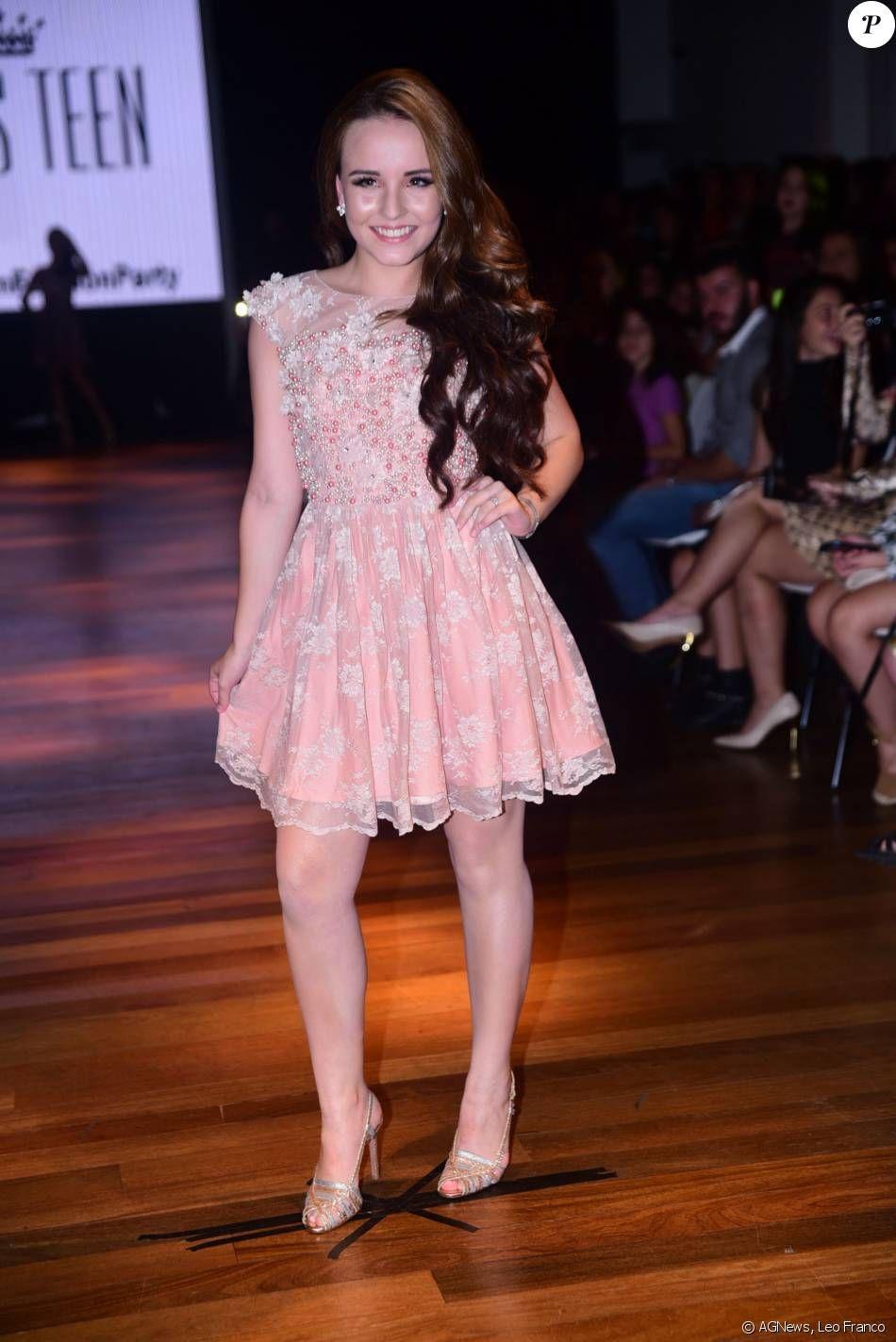 Larissa Manoela desfila sua coleção de roupas para a loja Miss Teen em São  Paulo, e1789038d7