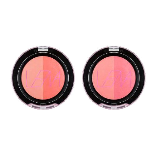 Lena is K Beauty Icon Youtuber Soft and moist jelly texture It is painted like a watercolor and completes two energetic cheeks. Soft bass color and vivid point color. Please freely reproduce the desired color. Powdery finish in moist texture.