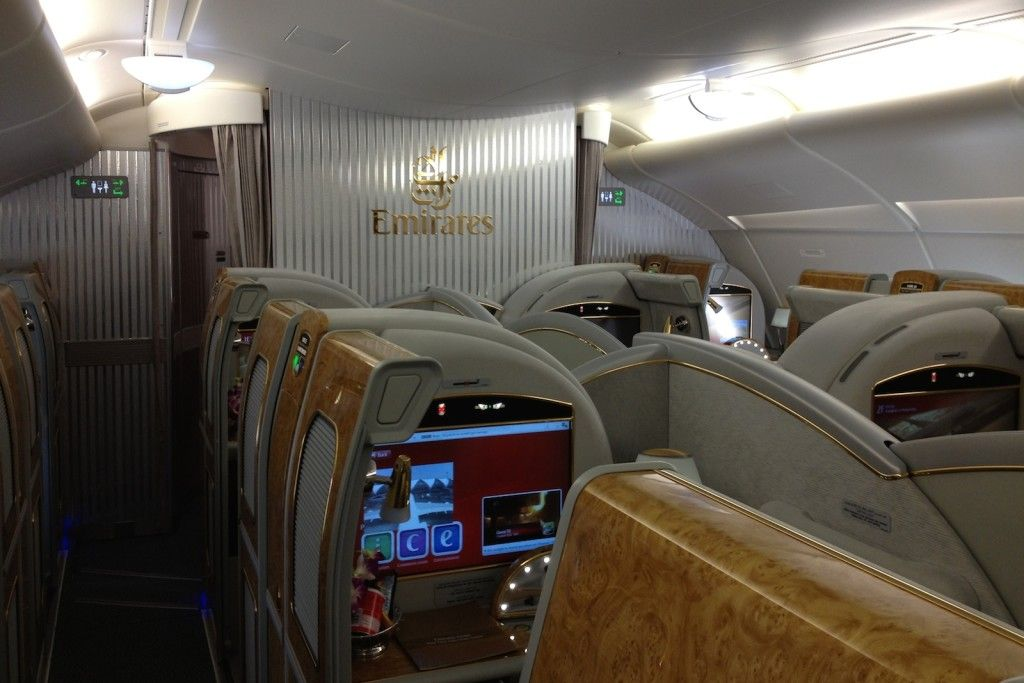Emirates A380 FIRST Singapur - Mailand: 1800 Euro - http://youhavebeenupgraded.boardingarea.com/2015/11/emirates-a380-first-singapur-mailand-1800-euro/