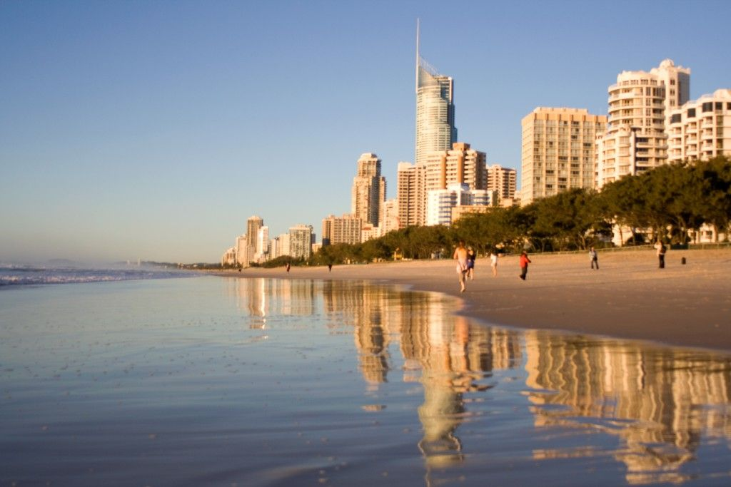 Travel Auctions Bid Your Way To A Bargain Holiday Travel Surfers Paradise Places To Visit