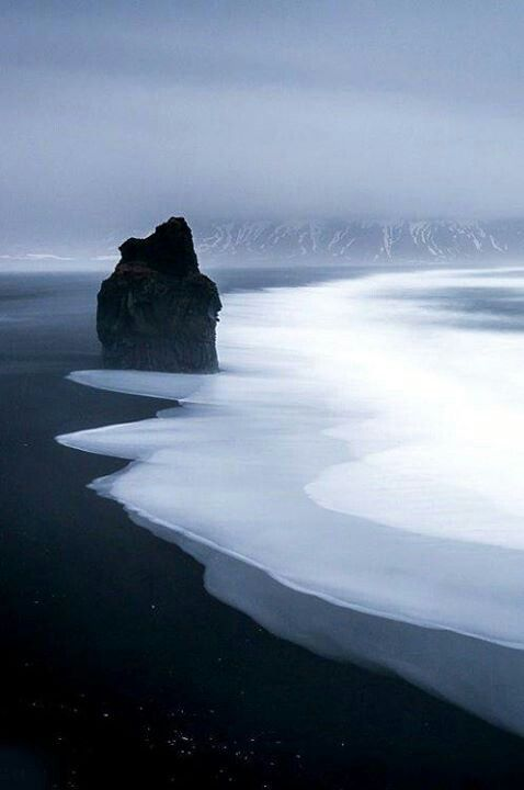 Look At That Black Sand Beach At Vik Iceland It S Beautiful How The Colors Blend In Like Nature S Colorless Landscap Places To Travel Travel Places To Visit