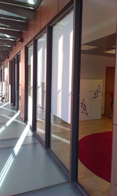 Centro De Negocios Puerta Cinegia Zaragoza Con Patrinza Sl