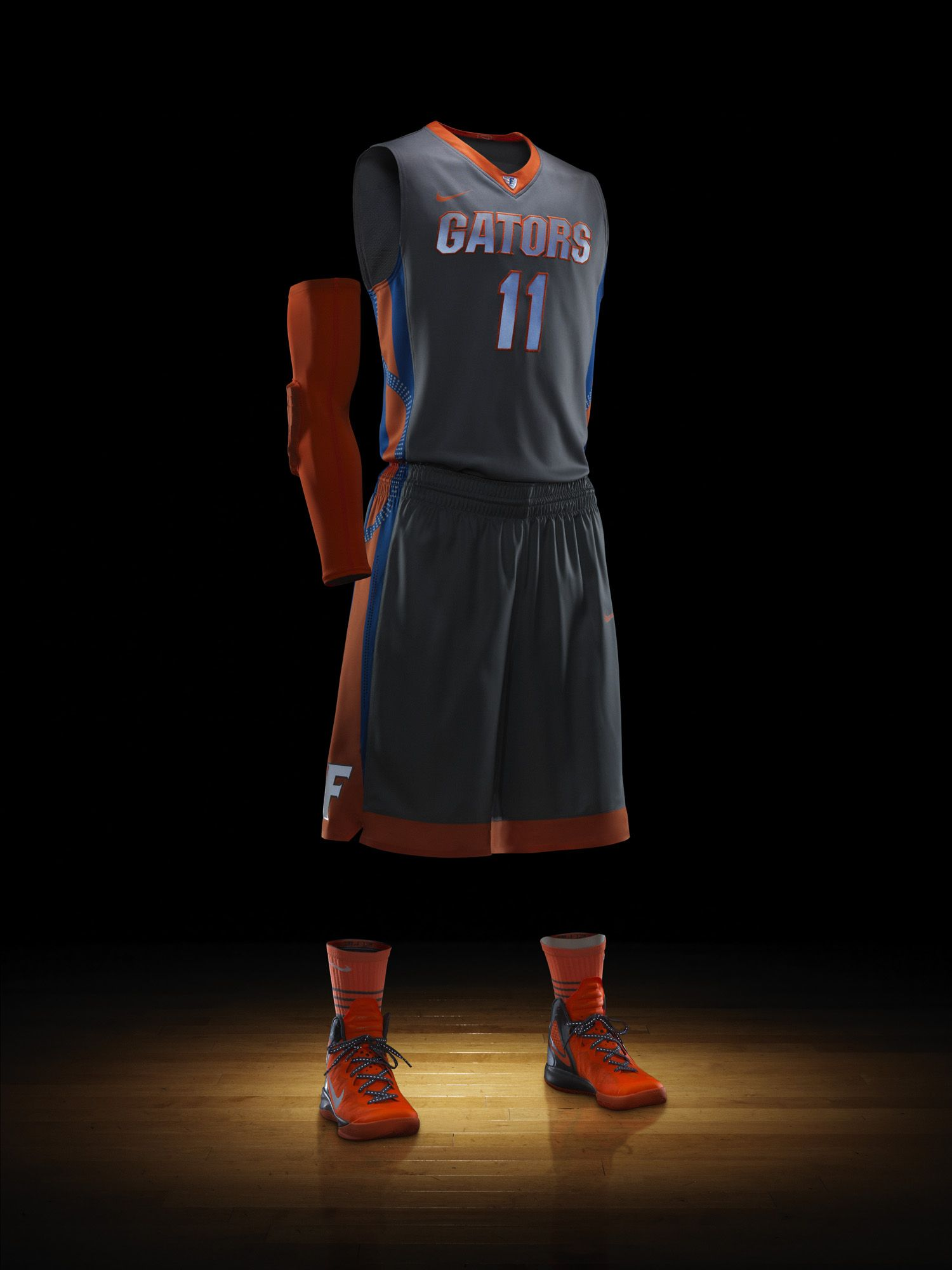 aae2e080136d03 Florida to wear Nike Hyper Elite Platinum uniforms