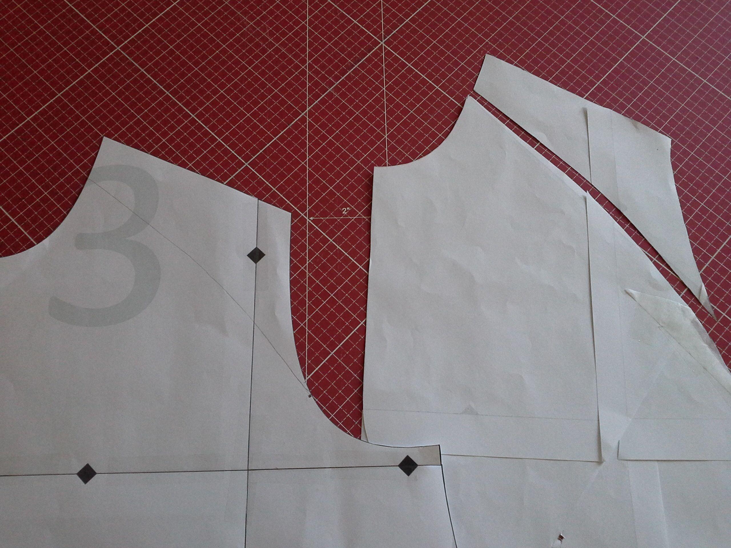 Drafting a raglan shirt